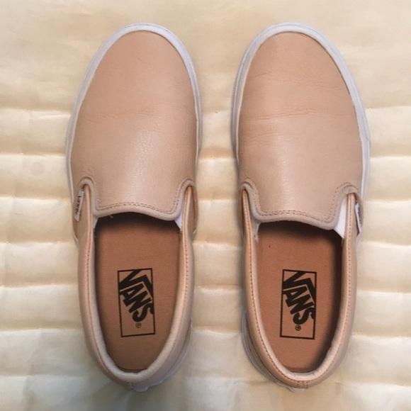 b2a10d5361dfcb Vans Slip On Leather Sneaker. M 5c0d41e2409c15e8ecdebc51